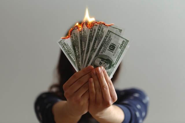 【ラストバイナリー】30日返金保証がほぼ詐欺